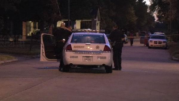 Man shot allegedly over his car rims