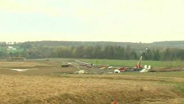 Flight 93 victims' families tour planned memorial