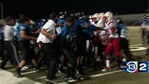 Brawl at Lamar-Chavez HS football game