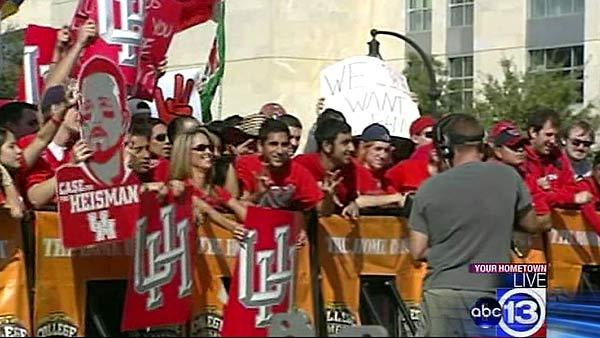 UH fans bring the noise to ESPN College GameDay