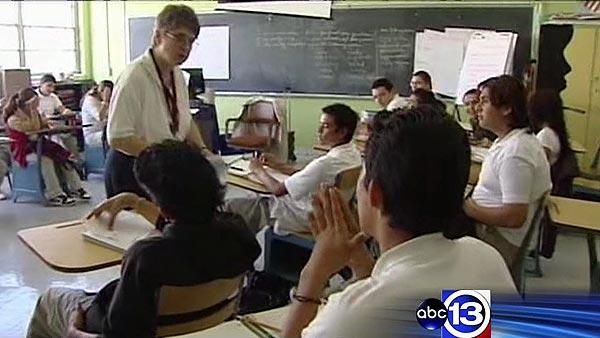 HISD considers cutting some teaching jobs