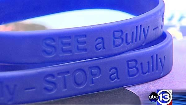 Teachers say they're bullied at school