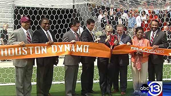 Dynamo hold ribbon-cutting for new stadium