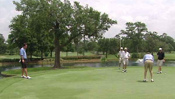 Texans tee off in annual charity golf tourney