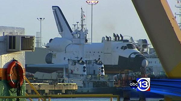 Space Shuttle Explorer replica arrives in Galveston