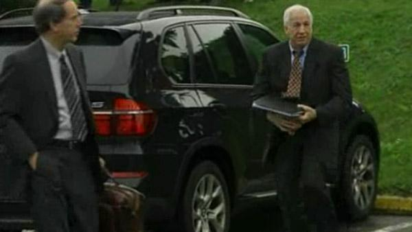 Jerry Sandusky arrives for court