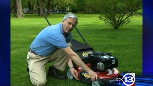 Consumer Reports tests lawnmowers