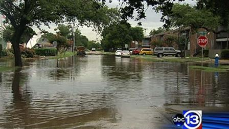 Some southeast Houston residents are frustrated over seeing pictures like this in their neighborhood