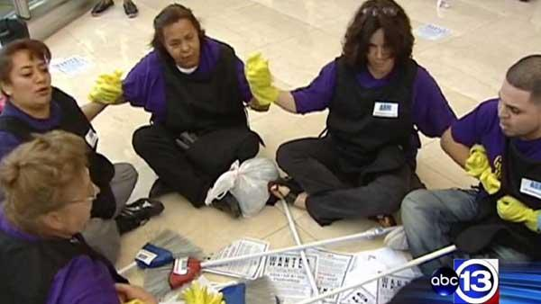 Protestors arrested in ongoing strike over janitor wages