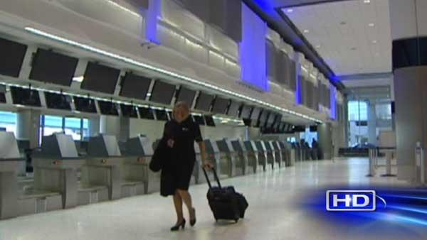 Sandy strands thousands of travelers at airports