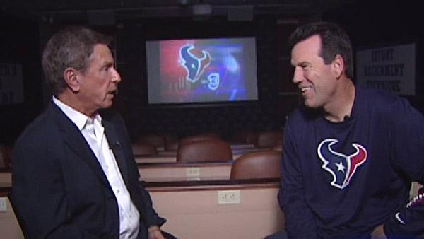 Kubiak, Texans look ahead to big test in Chicago