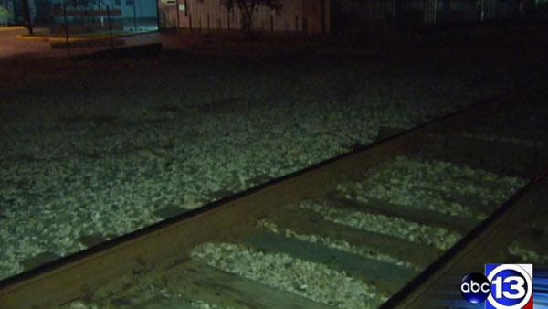 Man killed by train in Humble area