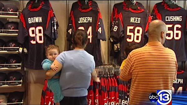 Texans fever takes over Houston