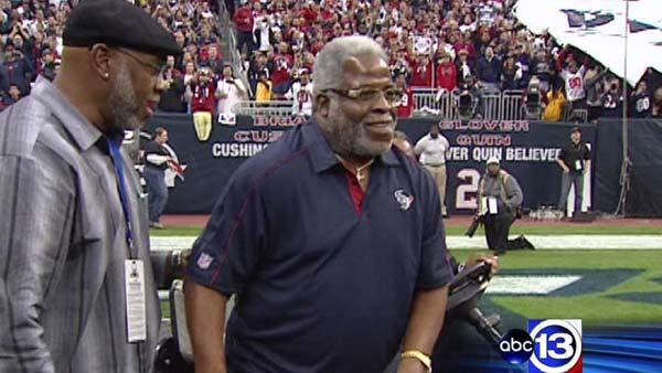 Football legend Earl Campbell talks about health challenges