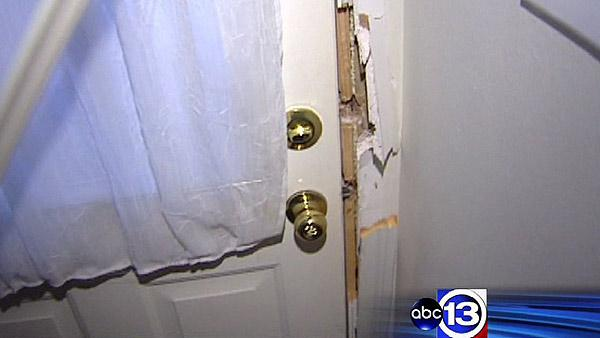 Burglars targeting homes in Pearland area