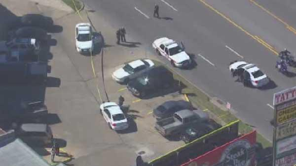 Business owner shot during robbbery in NW Harris Co.