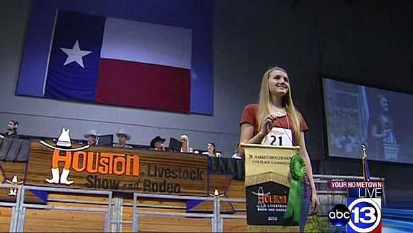 Teens show off hard work in livestock show