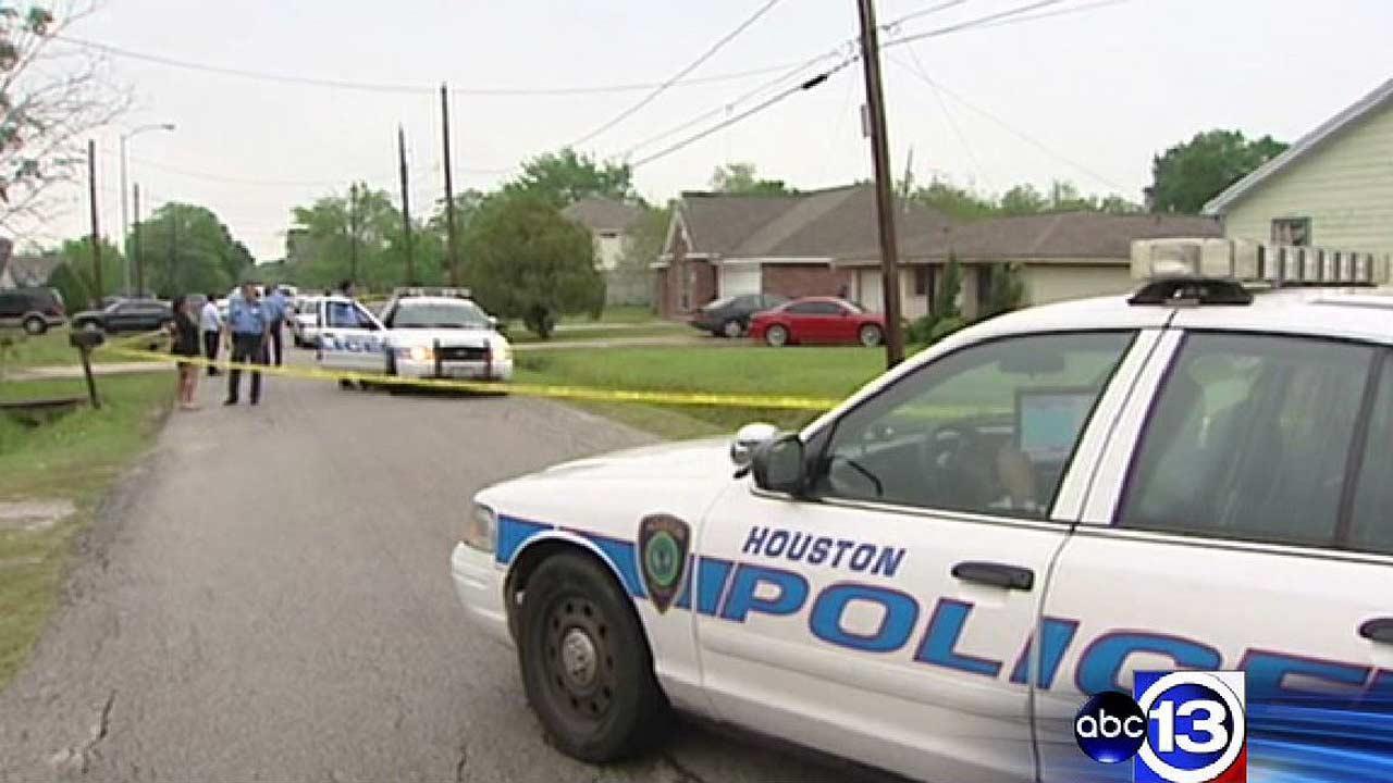 Man ambushed, fatally shot on Houston's south side
