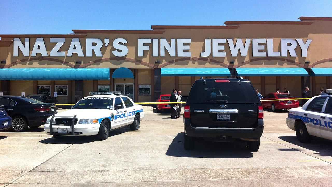 Police investigate a robbery attempt at Nazars Jewelry on Westheimer