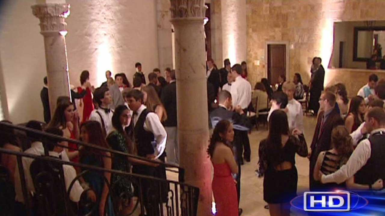 Many Houston-area prom policies tailored to each campus' needs