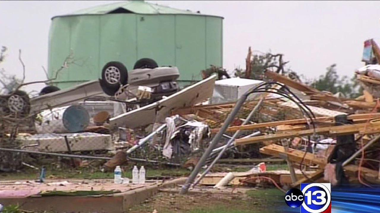 Images of the aftermath of the tornadoes that hit several north Texas communities on Wednesday night. <span class=meta>(ABC13)</span>