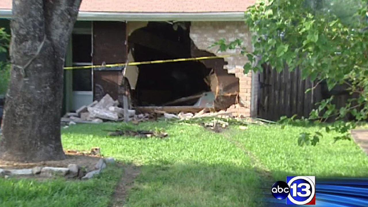 Man injured, 2 homes damaged after driving lesson gone wrong