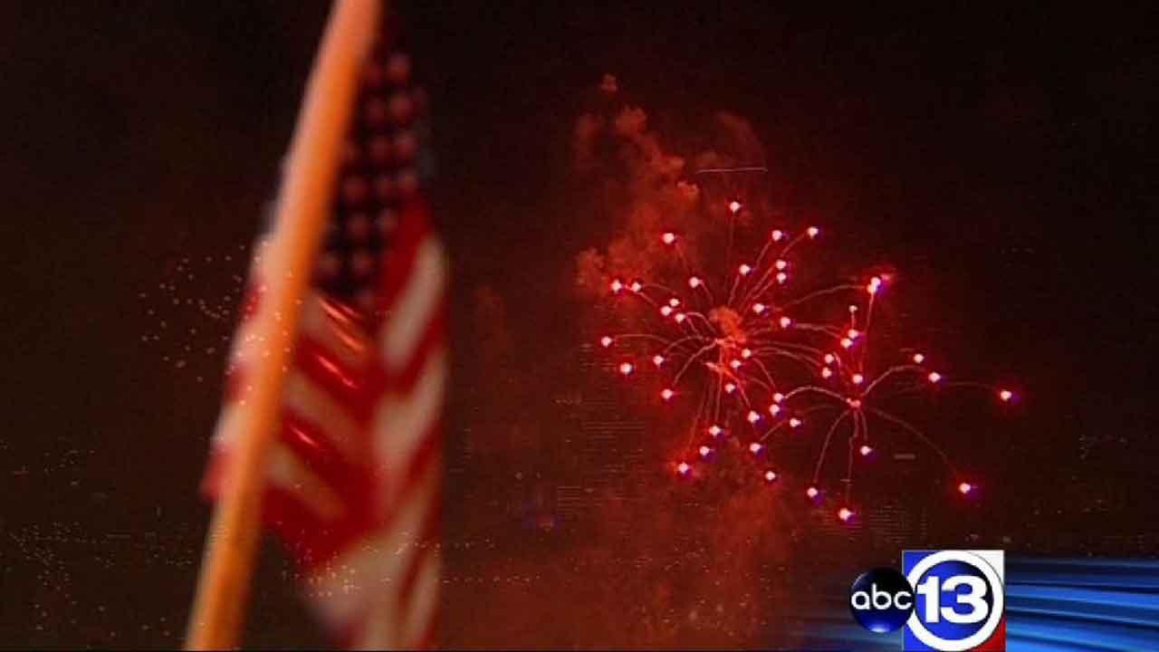 Houston skies light up during Independence Day party
