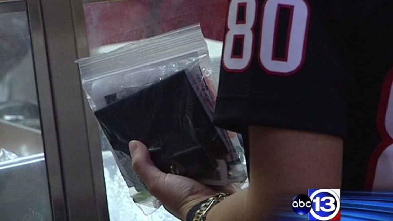 New NFL bag rules take effect at Reliant Stadium