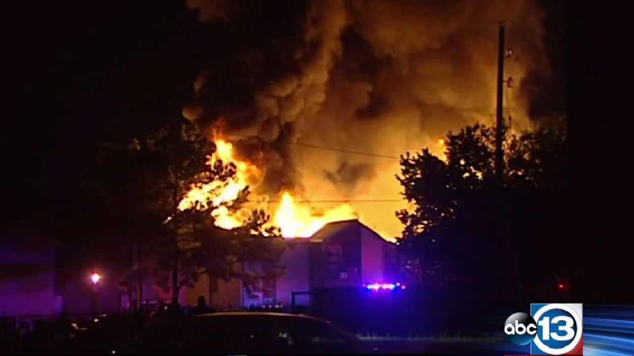 A massive fire at an apartment building in NW Harris County injures one firefighter and leaves 12 families homeless. <span class=meta>(ABC13)</span>