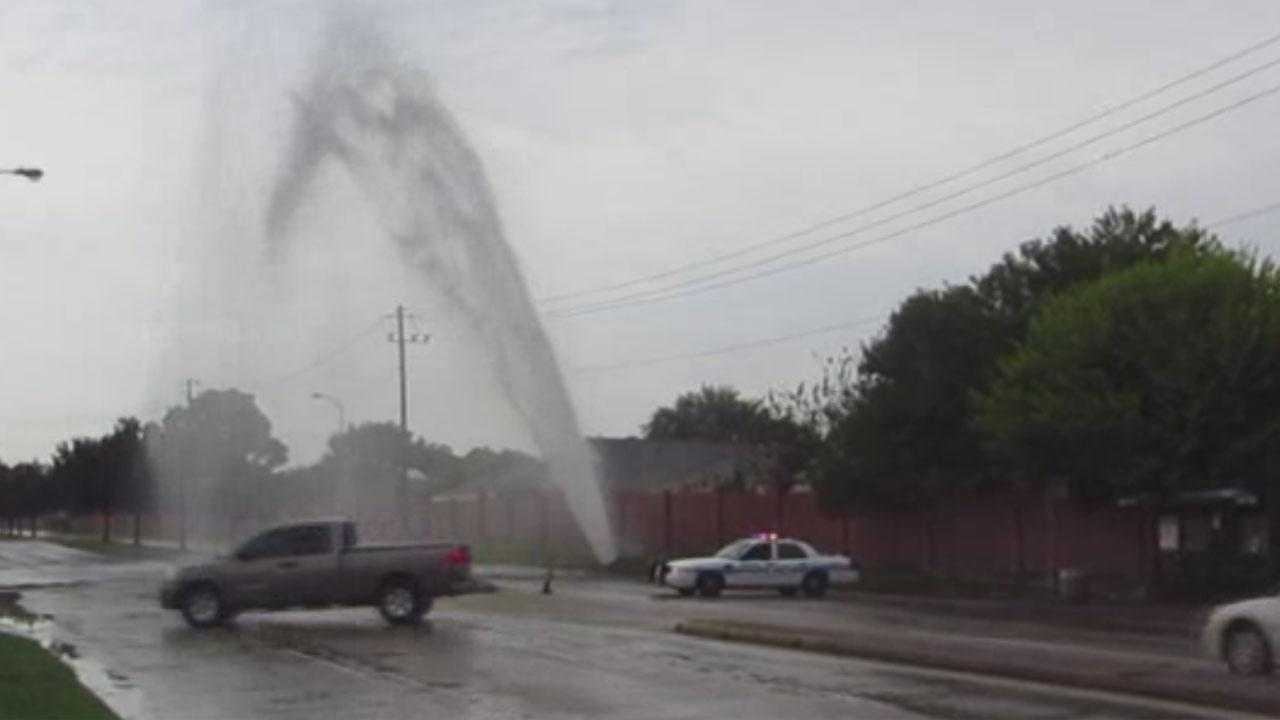 Water main break in SW Houston