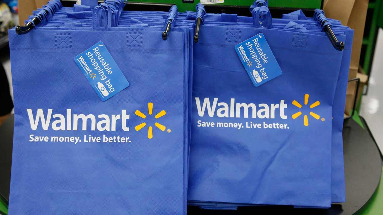 Computer glitch leads to food stamp shopping spree at Walmart