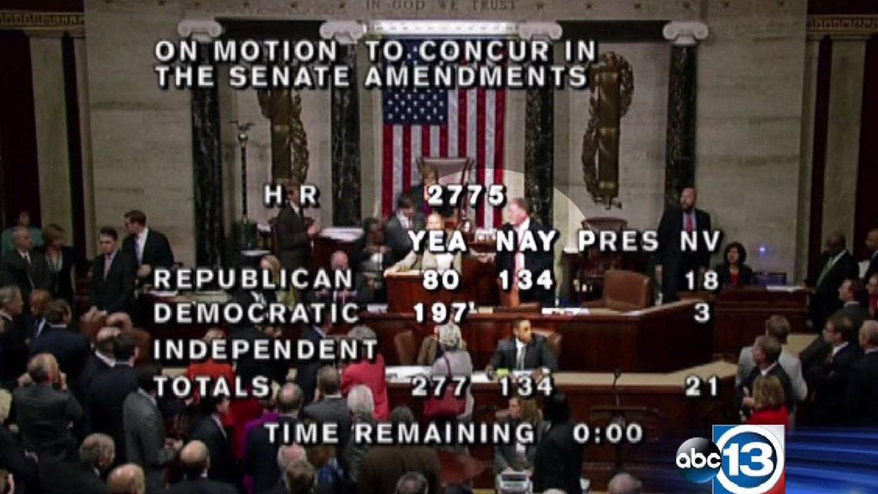 House stenographer removed from chamber after outburst during last night's vote