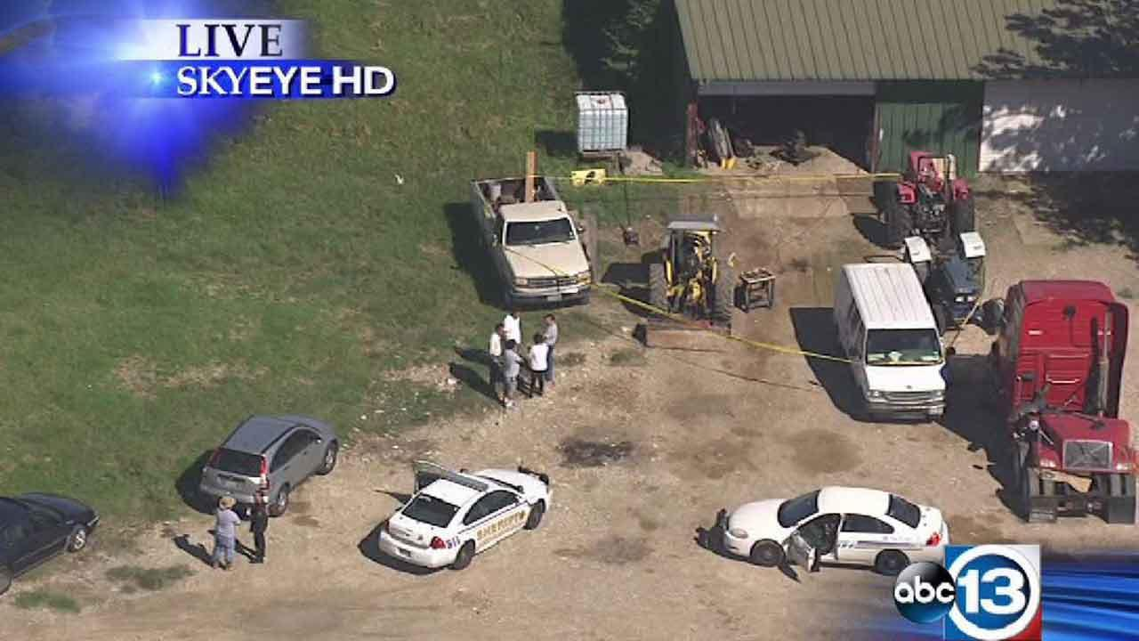 An investigation is underway to determine what caused a fatal accident at a repair shop in NW Harris County.