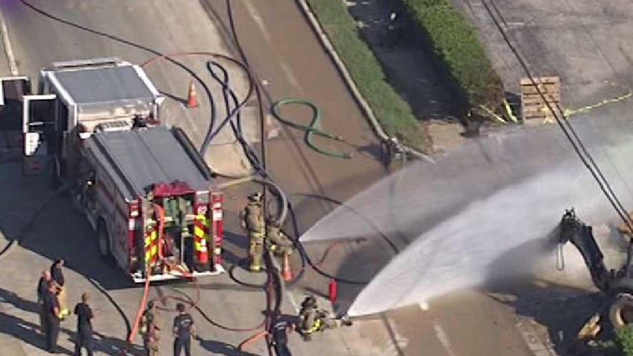 Flames shoot from gas leak in northwest Houston