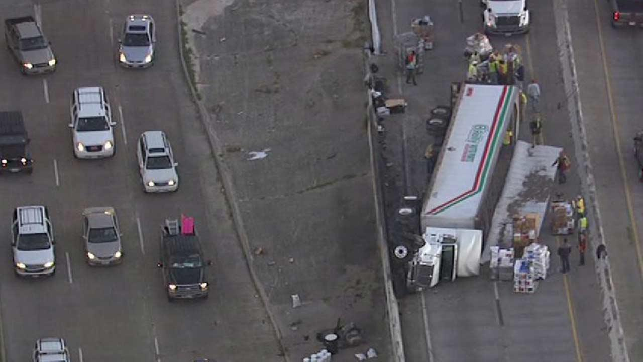 Overturned big rig shuts down SB lanes of South Post Oak