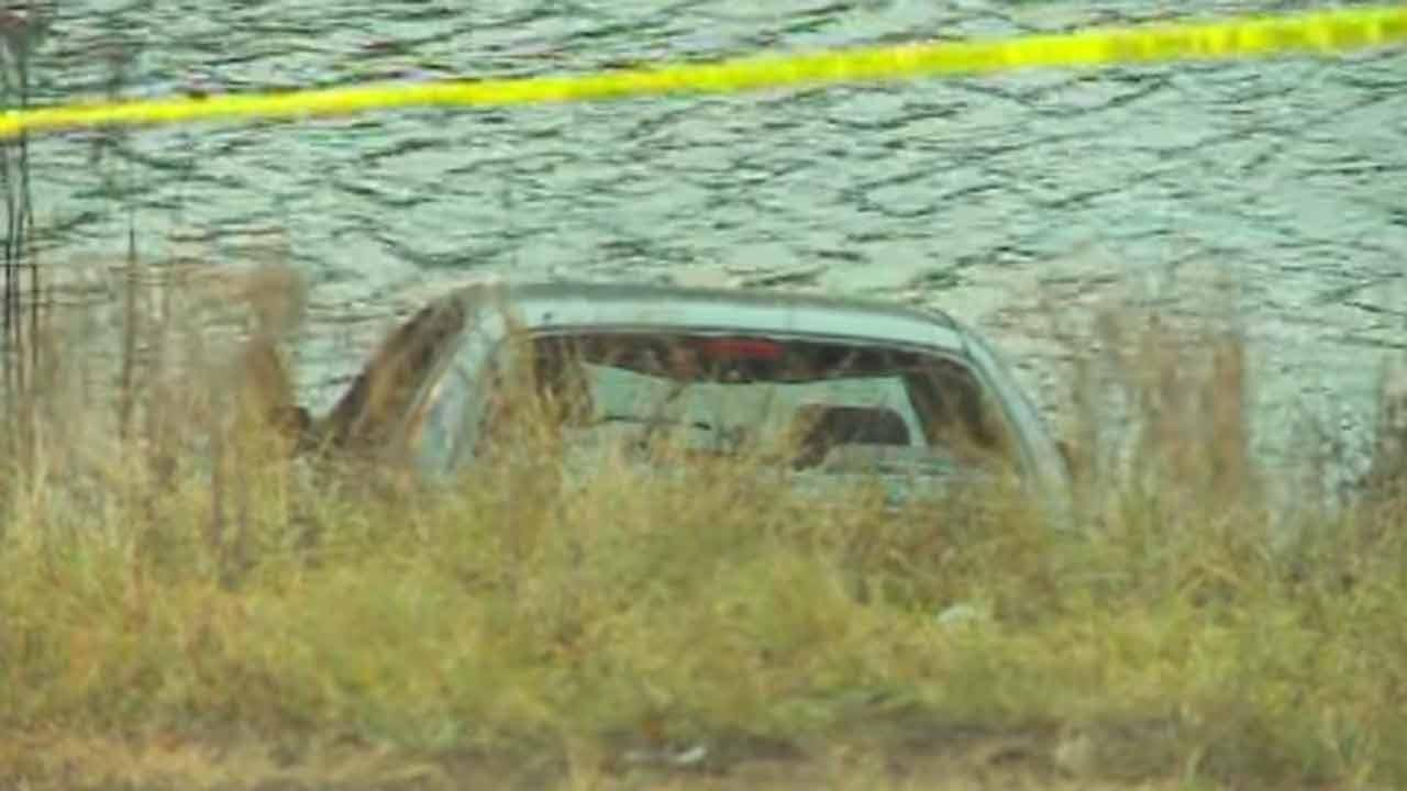 2 of 5 children pulled from icy pond in Minneapolis have died
