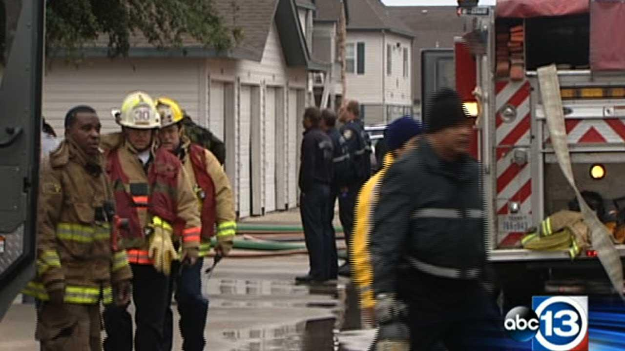 Firefighters at the scene of a 1-alarm blaze in southeast Houston