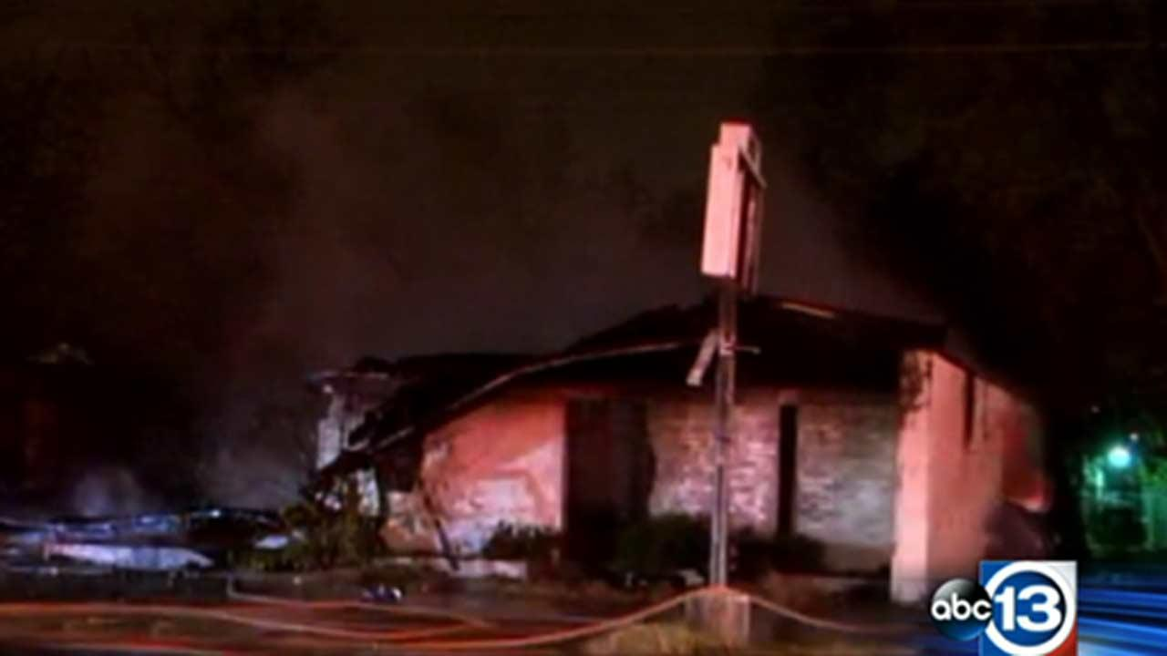 Building in northeast Houston destroyed by wind-fueled fire