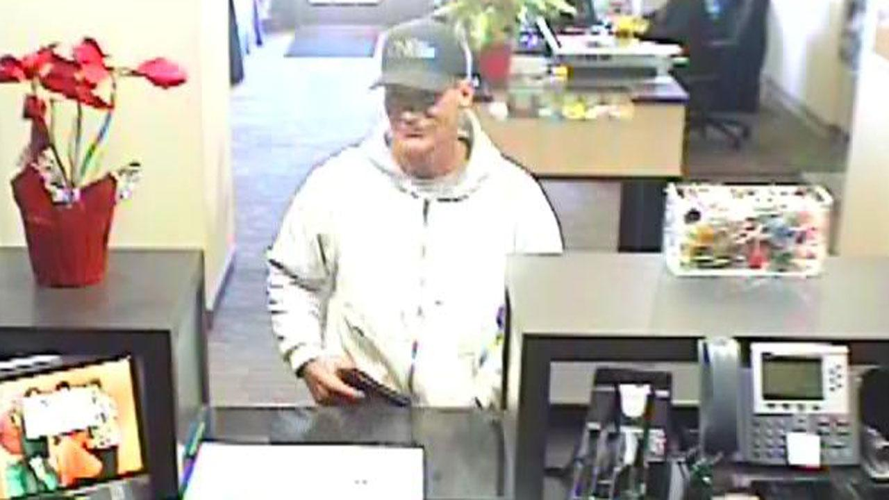 Bank 'robber' leaves without loot thanks to teller's bathroom break