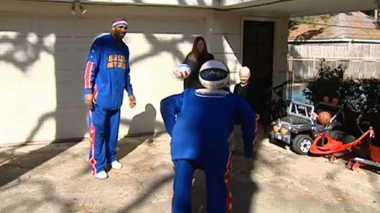 Globetrotters hoop it up with Houston boy battling cancer