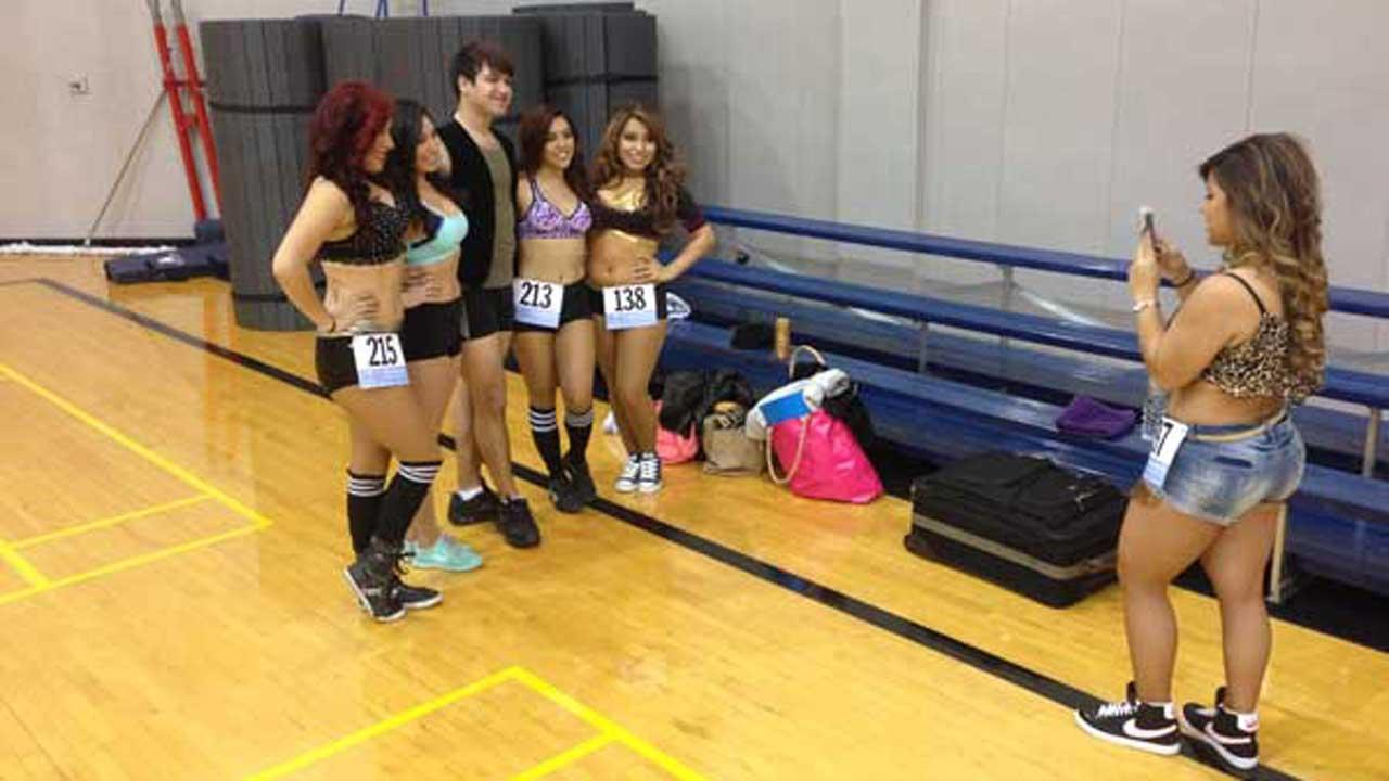 2014 Houston Dynamo Girls auditions <span class=meta>(Matt Black)</span>