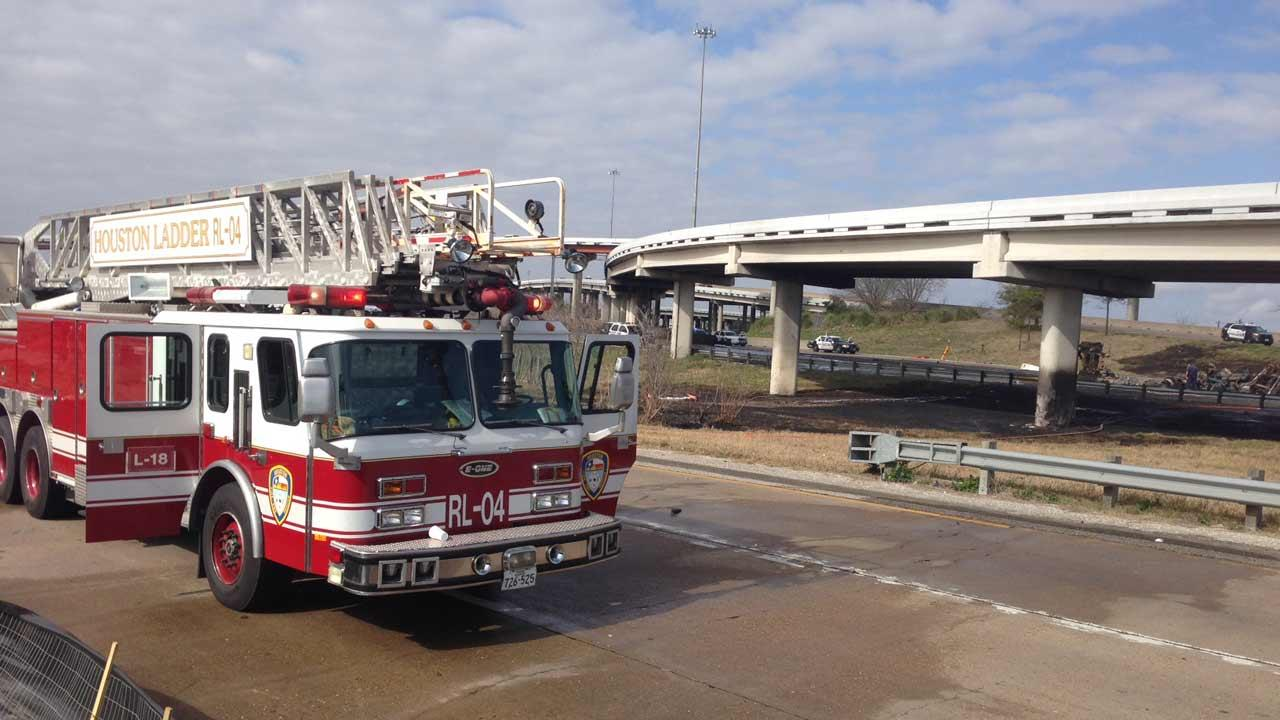 Fiery big rig accidentABC13/Matt Black