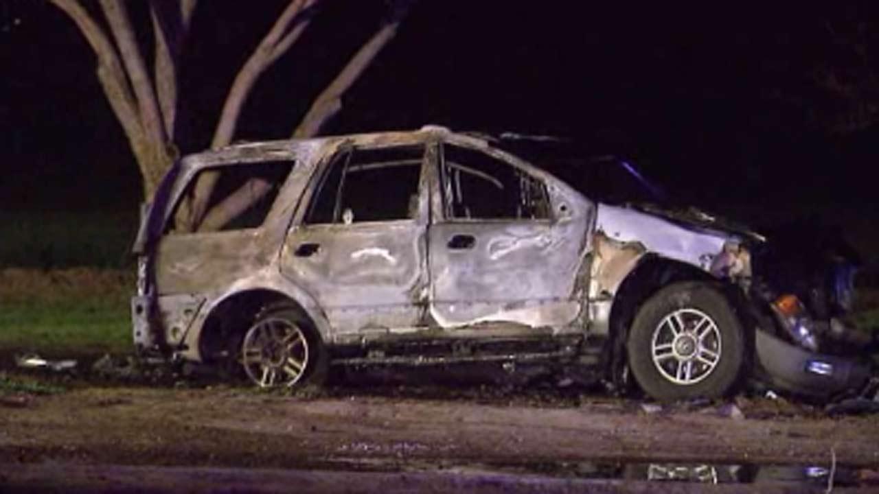Man saw wife, 4 kids die in fiery crash in California