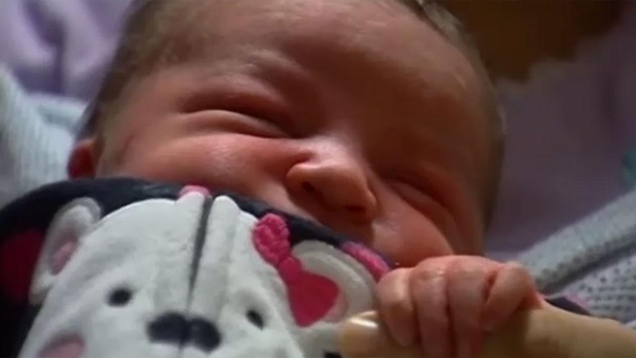 Woman delivers her own baby on drive to hospital