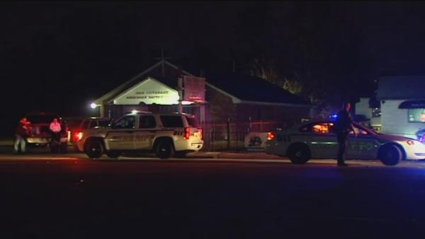 Burglary suspect shot, killed by homeless man