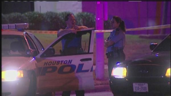 North Houston drive-by shooting leaves one dead