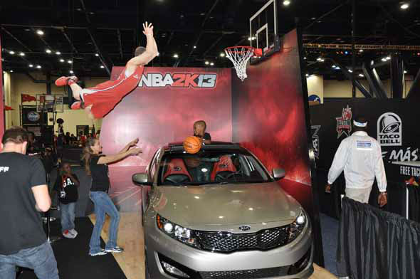 "<div class=""meta image-caption""><div class=""origin-logo origin-image ""><span></span></div><span class=""caption-text"">Images of the fans, players and festivities at the NBA All-Star Game Jam Session at the George R. Brown Convention Center. (KTRK Photo)</span></div>"