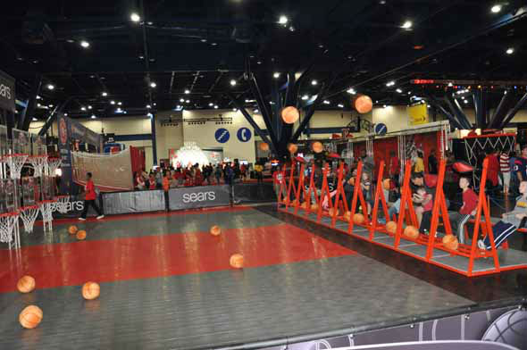 "<div class=""meta ""><span class=""caption-text "">Images of the fans, players and festivities at the NBA All-Star Game Jam Session at the George R. Brown Convention Center. (KTRK Photo)</span></div>"
