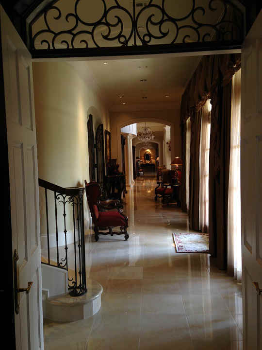Hallway looking back towards main entry <span class=meta>(KTRK Photo)</span>