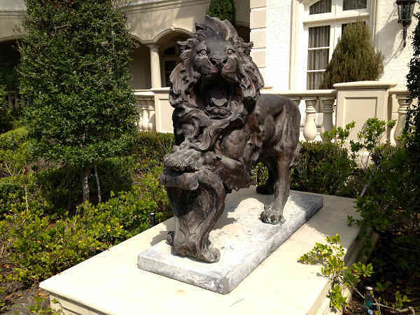 One of two lion statues guarding the front entry to the home <span class=meta>(KTRK Photo)</span>